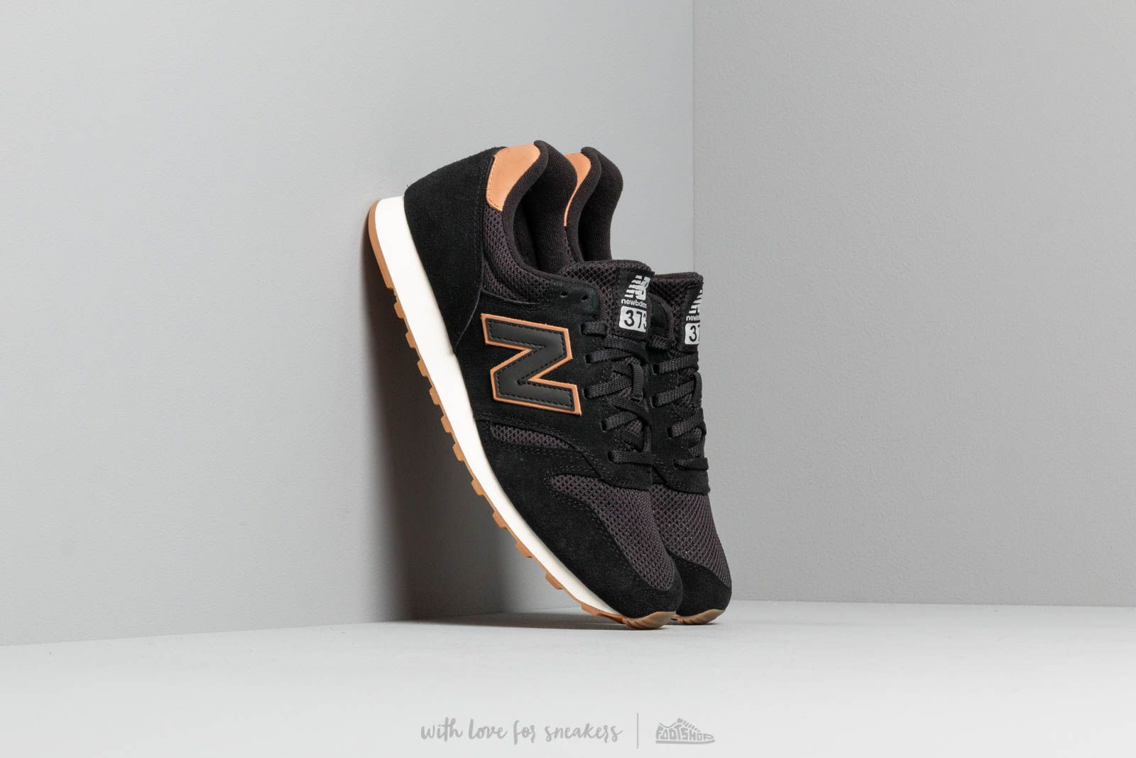 huge selection of fe498 2ebbb New Balance 373 Black  White  Brown at a great price 77 € buy at