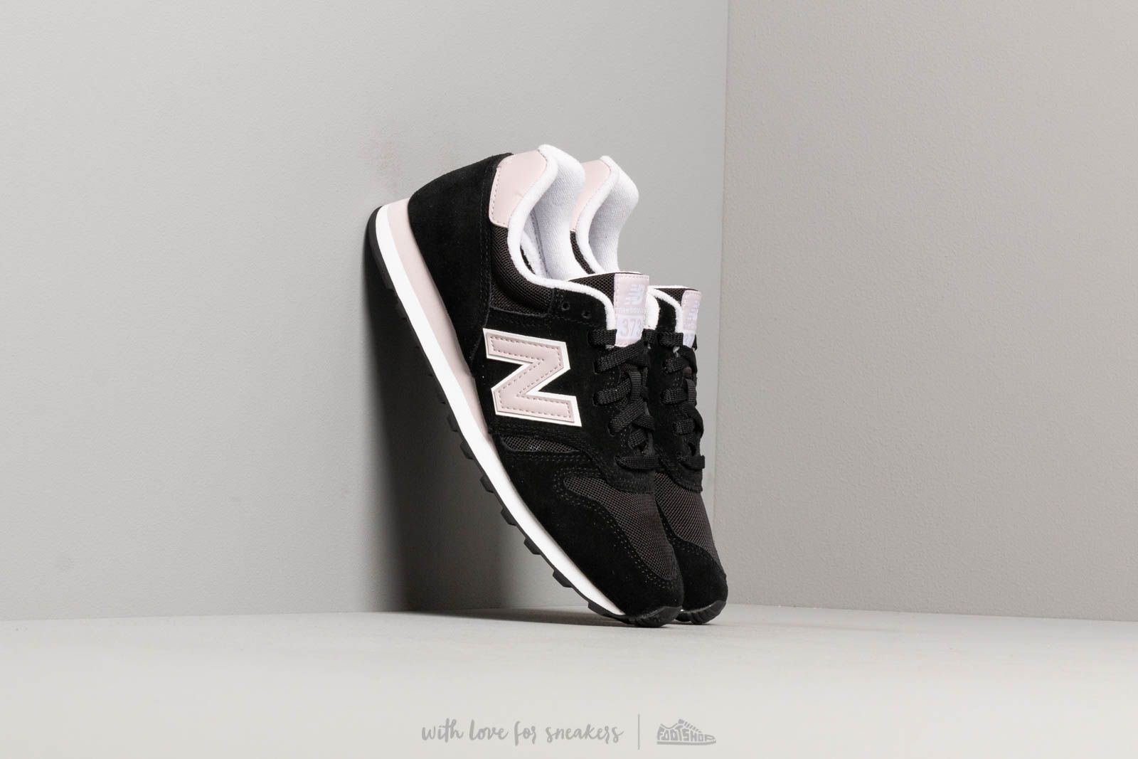 deslealtad Sótano rival  Women's shoes New Balance 373 Black/ Pink | Footshop
