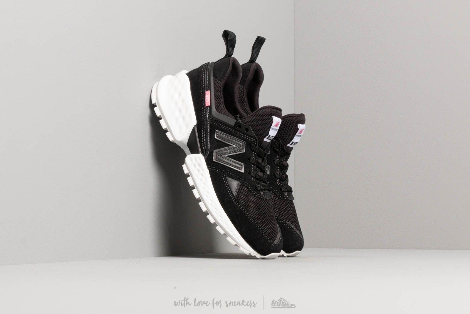 New Balance 574 Black/ White za skvělou cenu 2 490 Kč koupíte na Footshop.cz