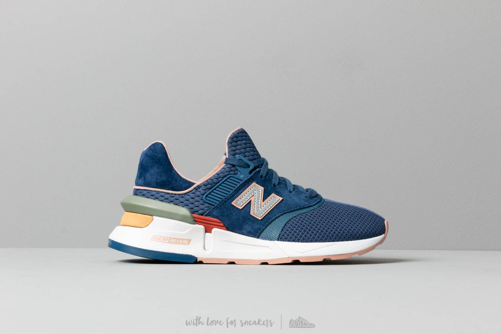 e64adb761956 New Balance 997 Blue  White  Multicolor at a great price 132 € buy at