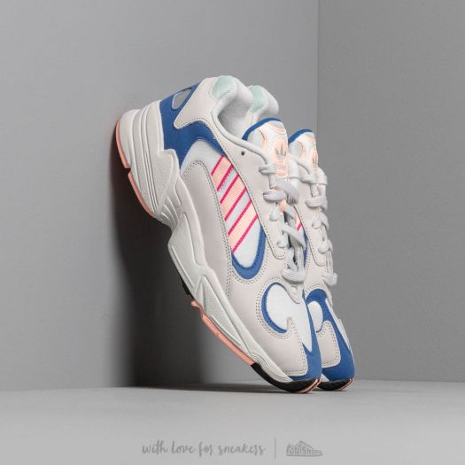 auricular Punto de referencia Amplificador  Men's shoes adidas Yung-1 Crystal White/ Clear Orange/ Clear Royal