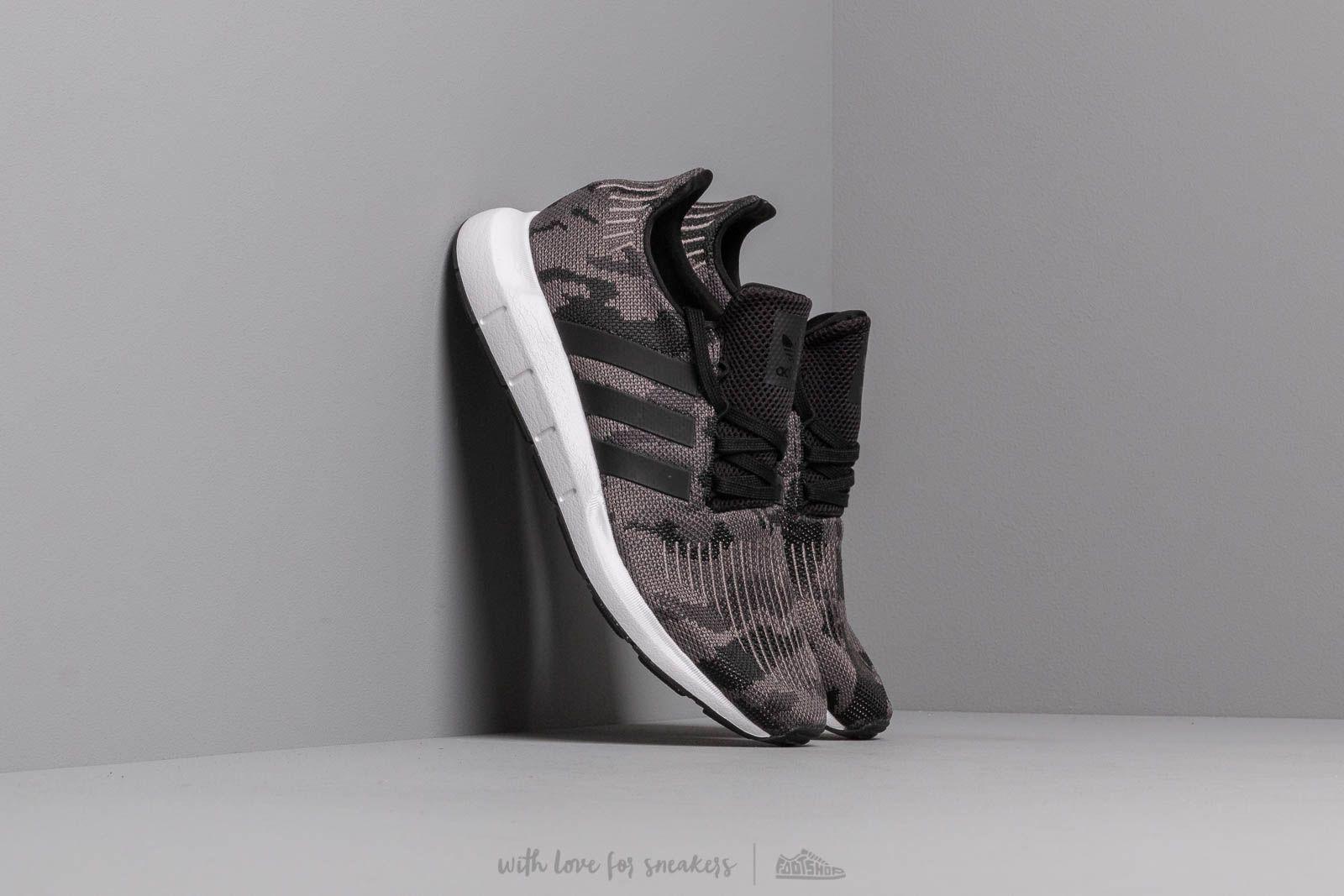 adidas Swift Run Core Black/ Core Black/ Ftw White at a great price 2 738 ГРН купите на Footshop.ua