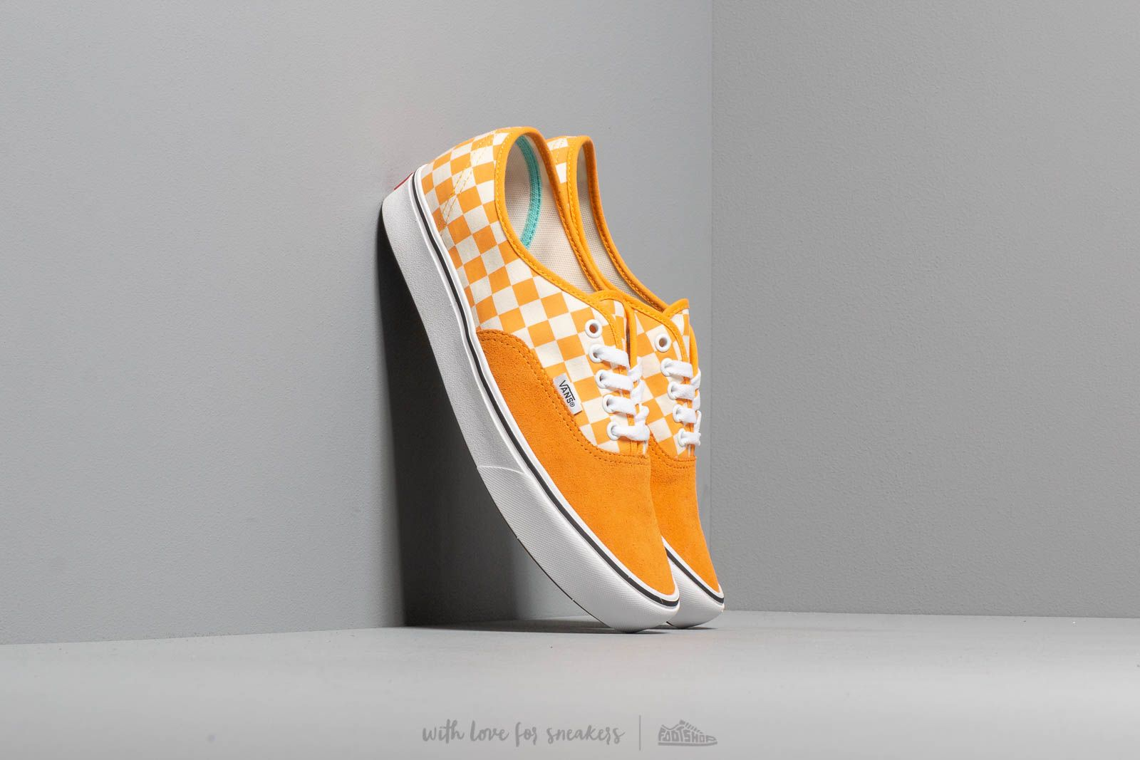 Vans ComfyCush Authentic (Checker) Zinnia/ True Wht za skvelú cenu 62 € kúpite na Footshop.sk