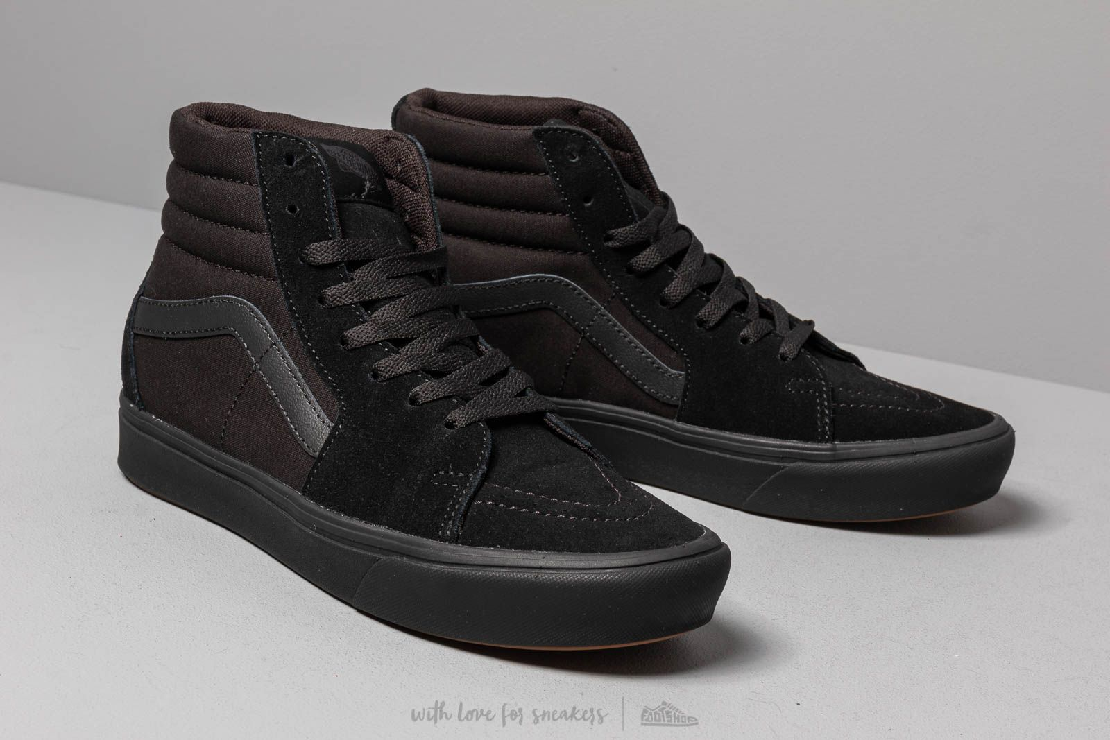 Vans ComfyCush Old Skool (Classic) BlackBlack Shoes