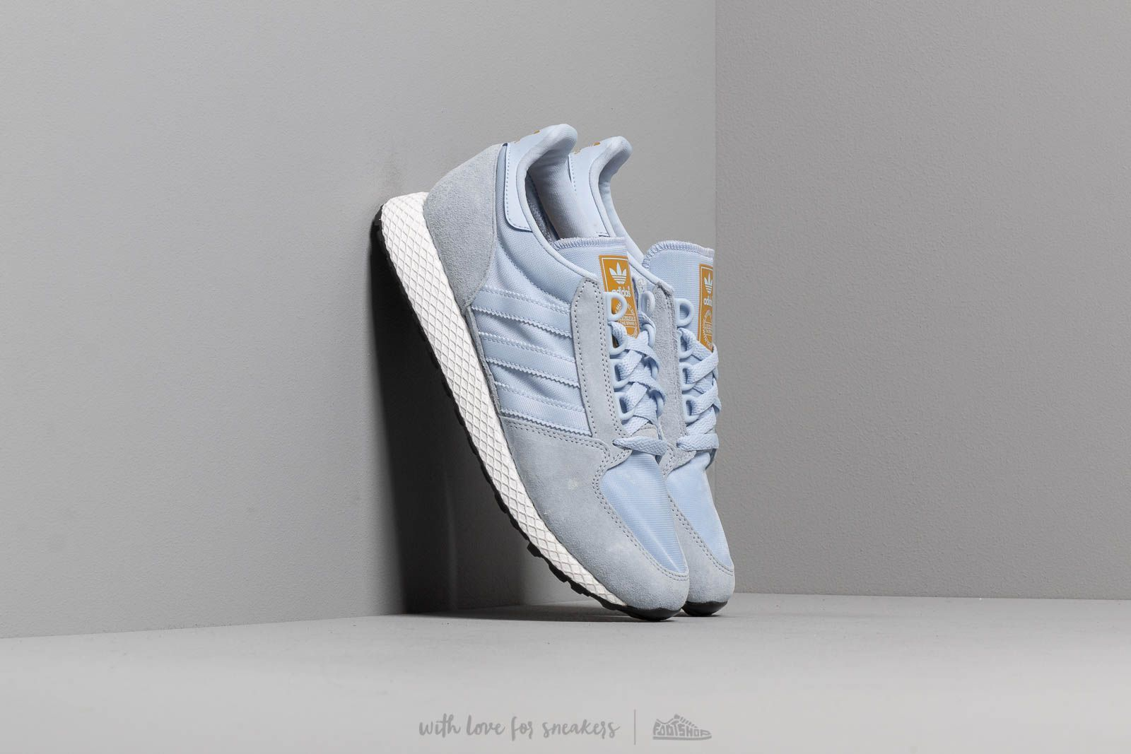 adidas Forest Grove W Periwinkle/ Periwinkle/ Raw Ochre at a great price 75 € buy at Footshop