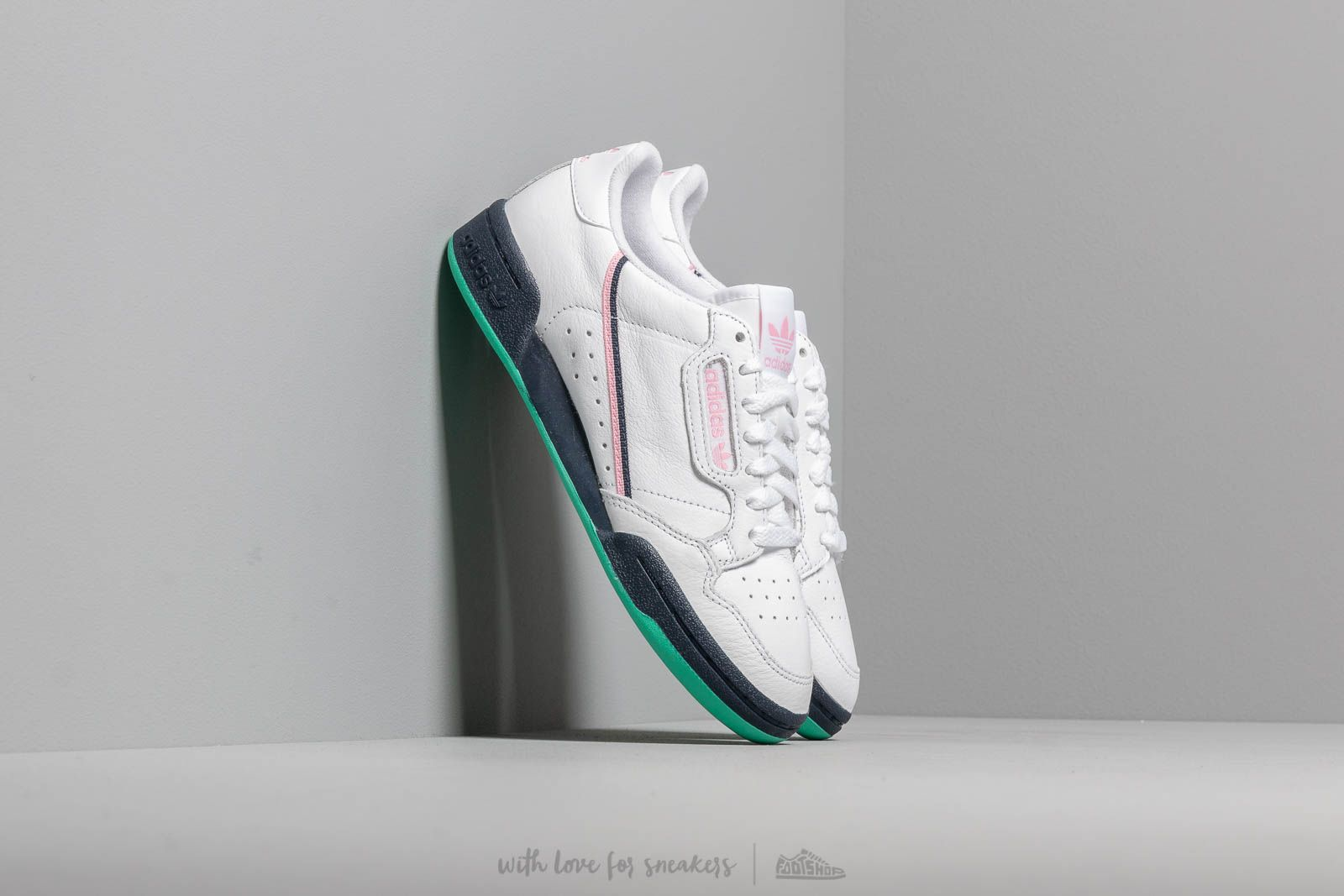 Chaussures et baskets femme adidas Continental 80 W Ftw White/ True Pink/ Collegiate Navy