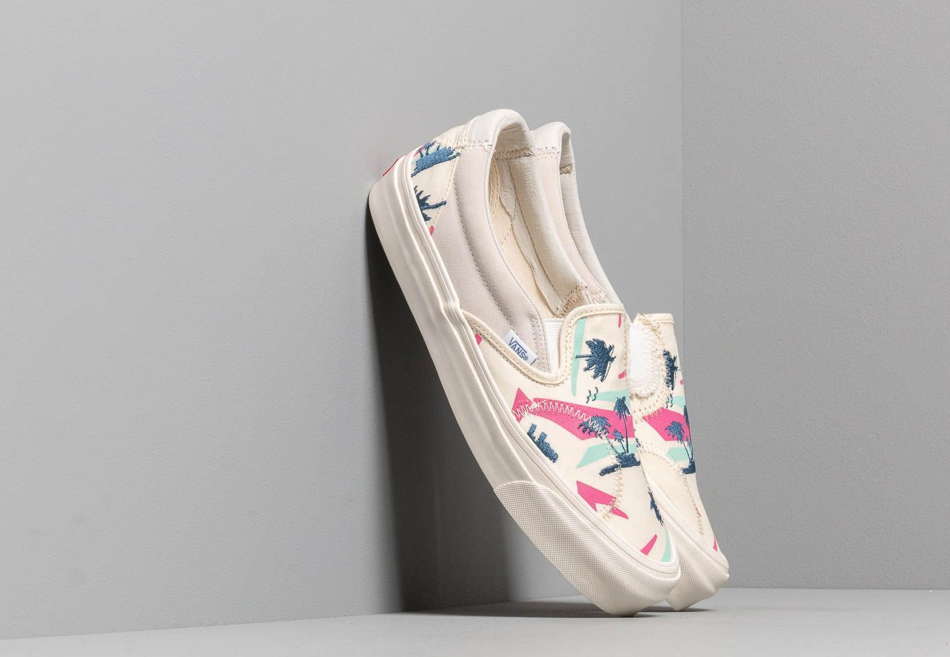 Vans Classic Slip-On Bricolage LX (Embroidered Palm) Classic EUR 46