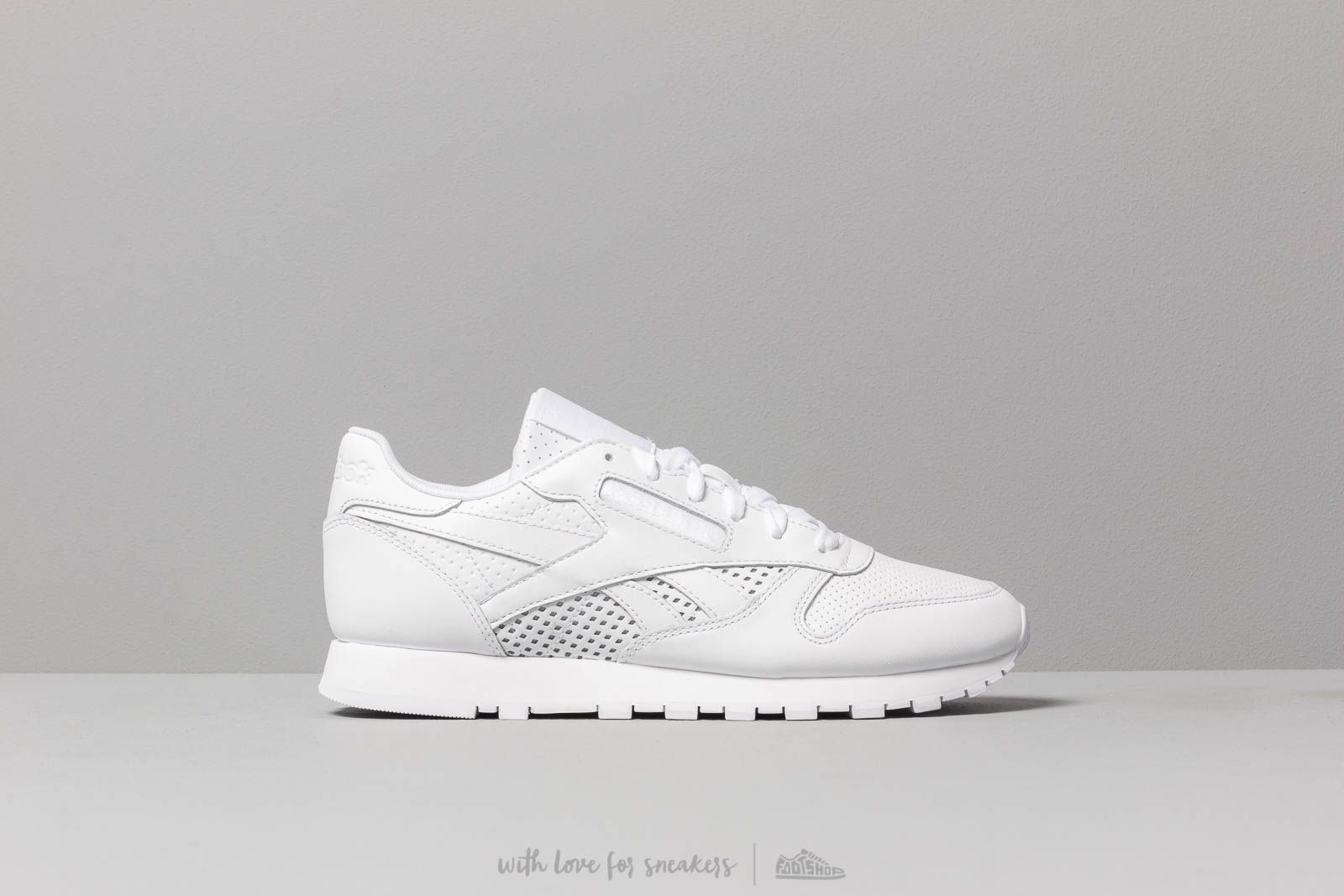 e696b4b8012c95 Reebok Classic Leather W White  White at a great price 92 € buy at Footshop