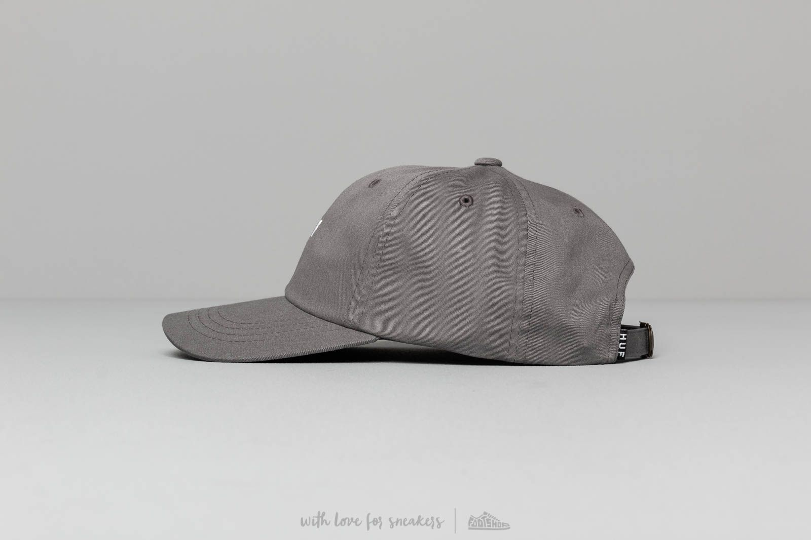 5a145f4a HUF Og Logo Curved Visor Hat Charcoal at a great price 39 € bestell bei  Footshop