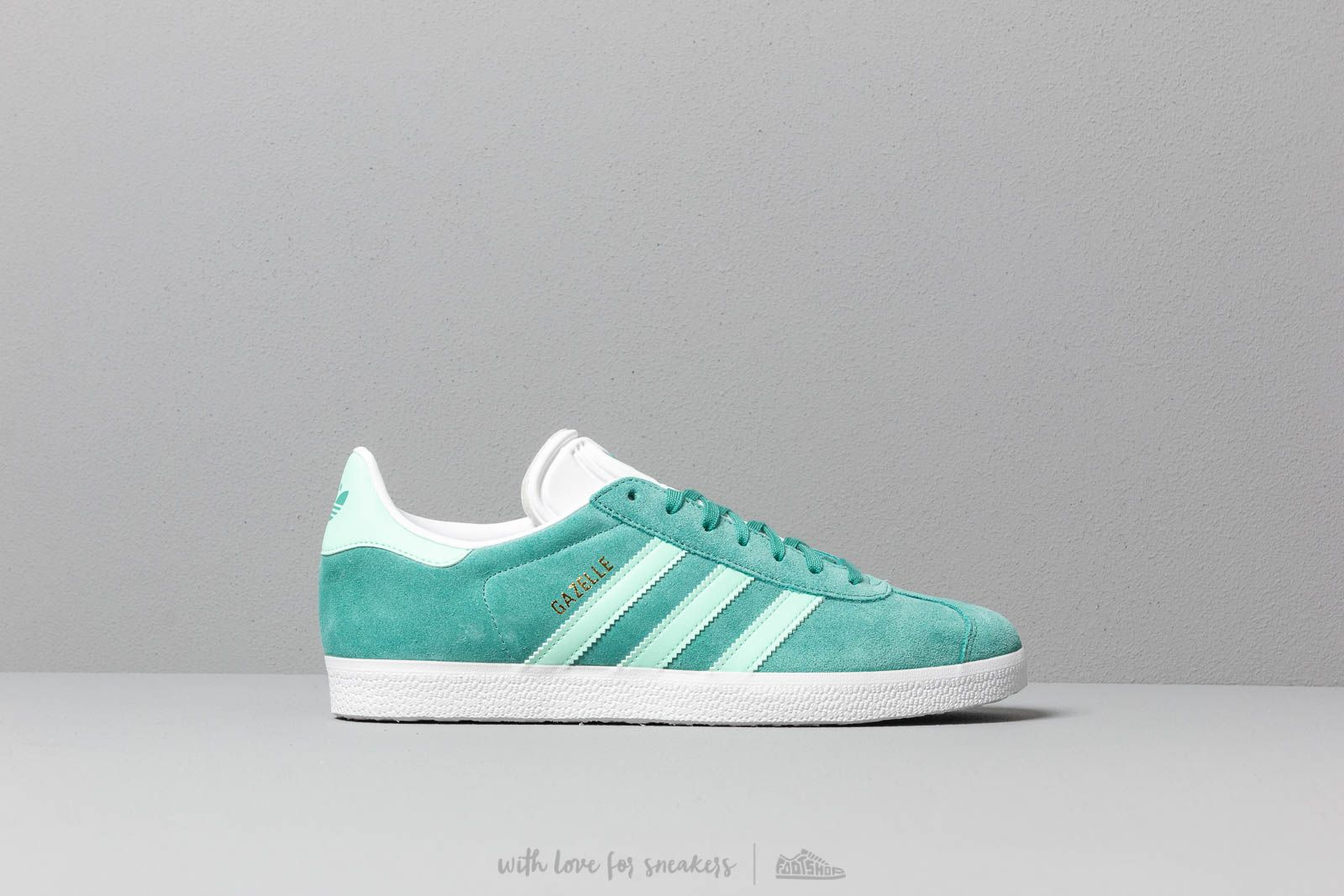 low priced ee4ca 410ad adidas Gazelle True Green  Clear Mint  Ftw White at a great price 88 €