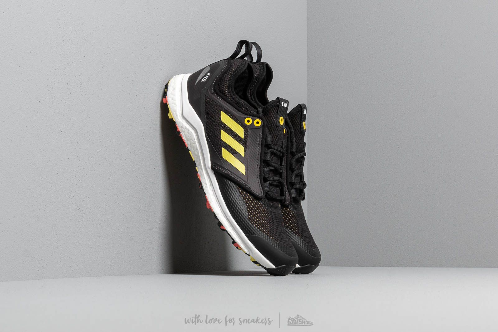 adidas Consortium x END. Terrex Agravic XT Black/ Red at a great price 207 € buy at Footshop