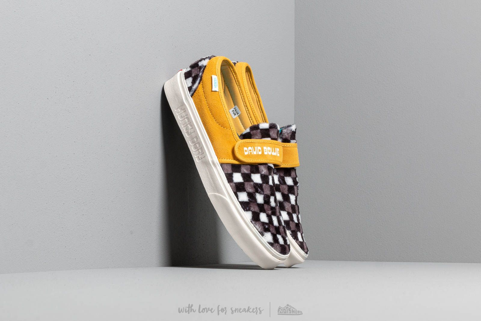 Vans Slip-On 47 V (David Bowie) Hunky Dory/ Black/ White at a great price 85 € buy at Footshop
