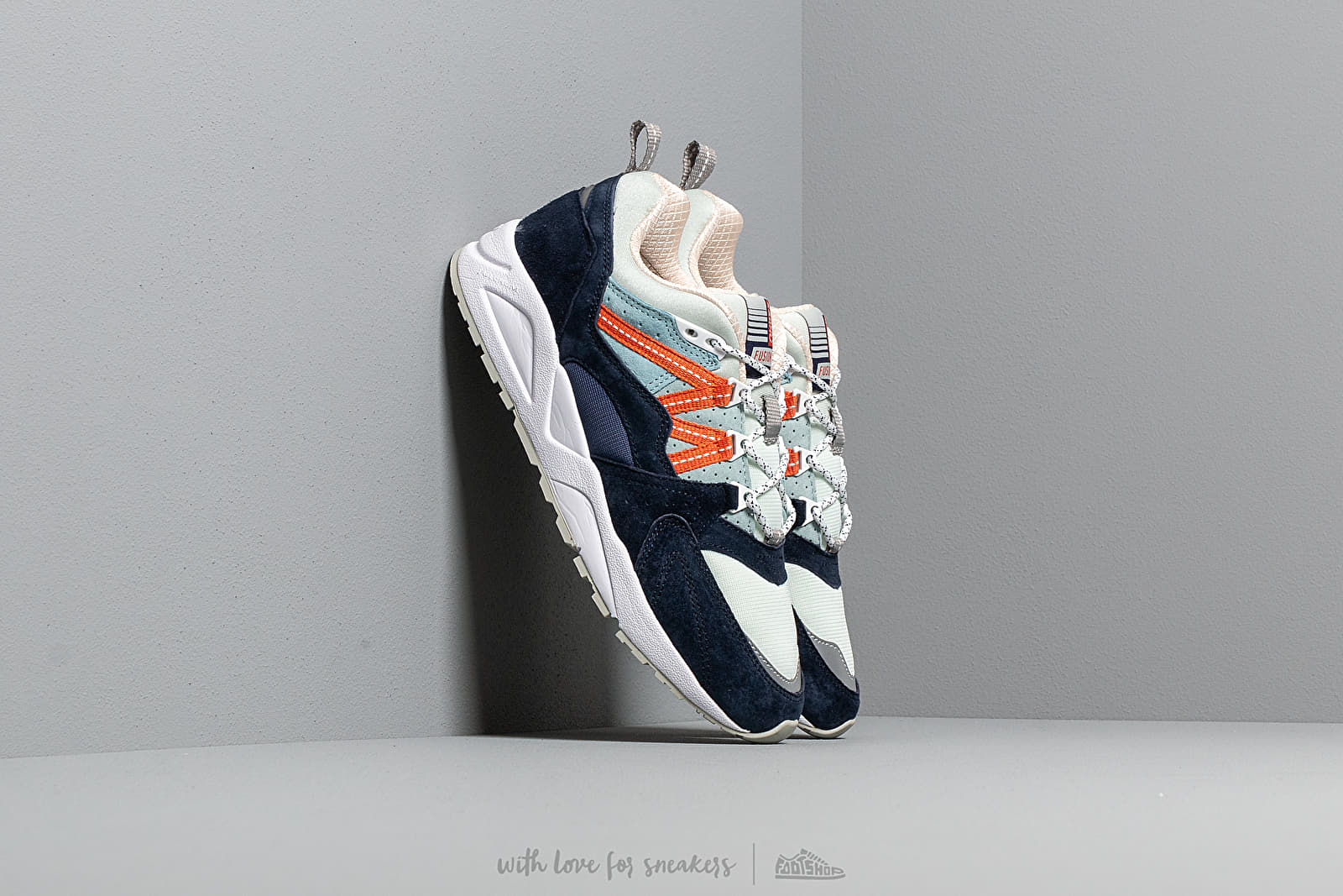 Karhu Fusion 2.0 Patriot Blue/ Blue Flower at a great price 132 € buy at Footshop
