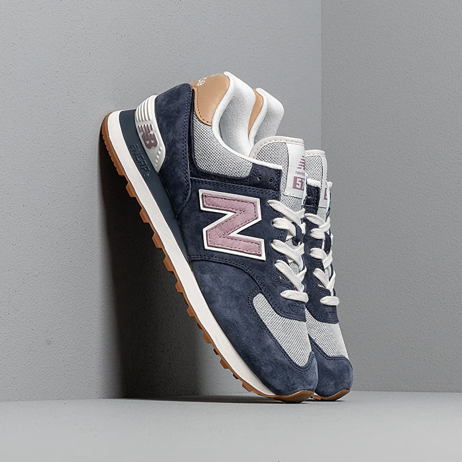 New Balance 574 Navy/ Cashmere EUR 36