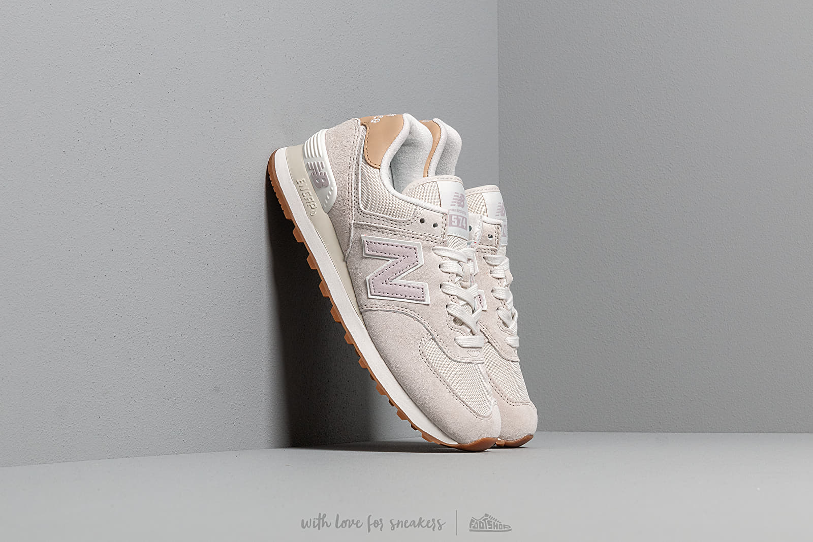 new balance light grey