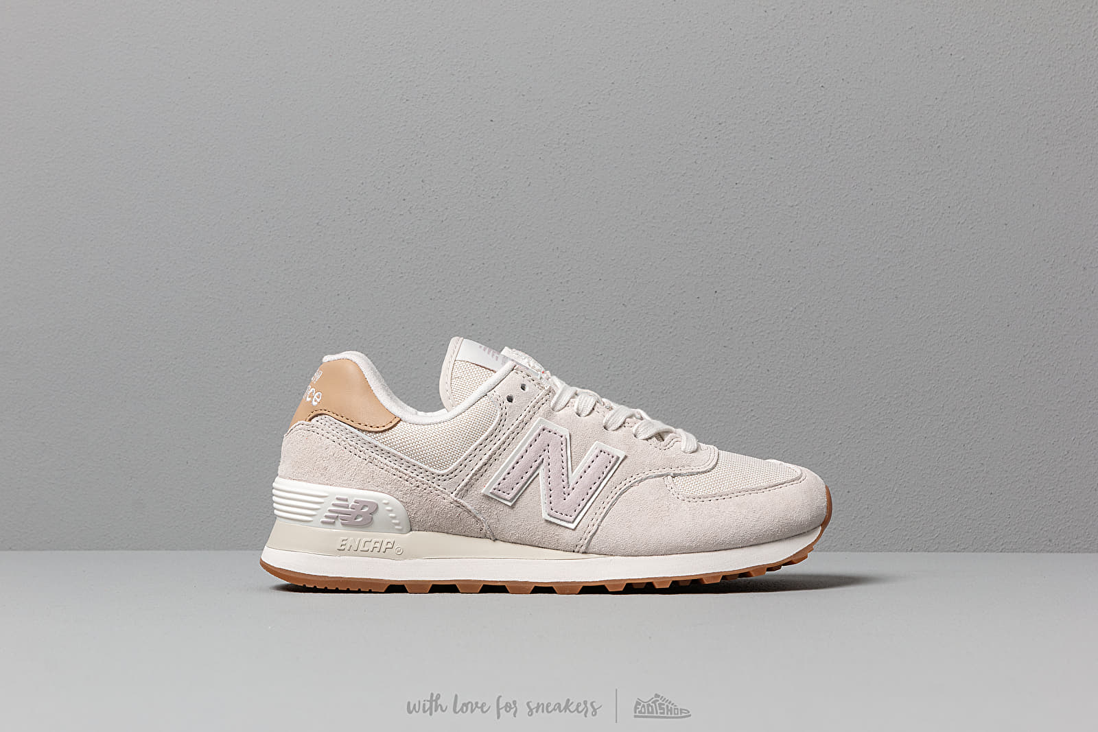 ml574 new balance beige