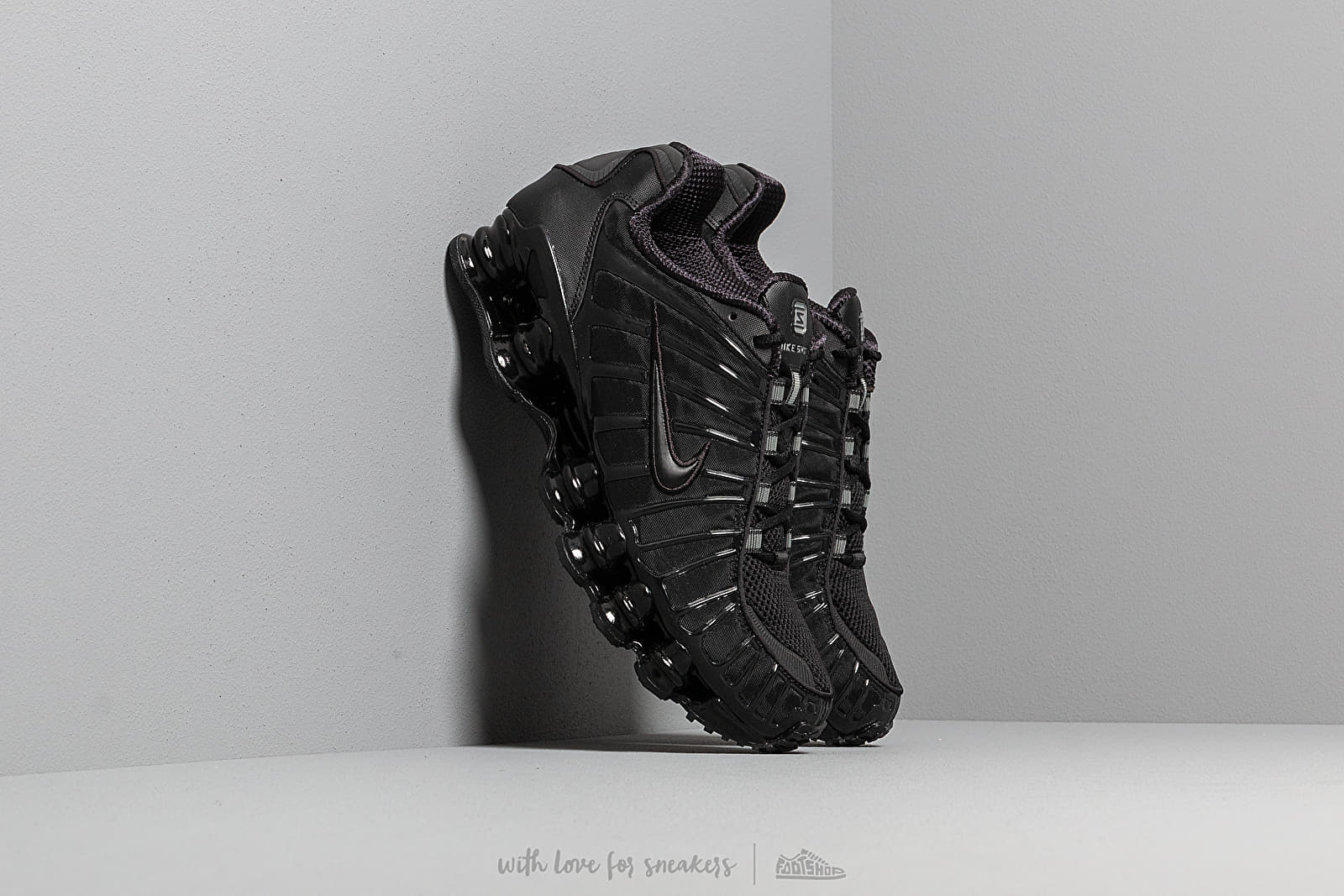 photos officielles 8f640 ee214 Nike Shox TL Black/ Black Noir | Footshop