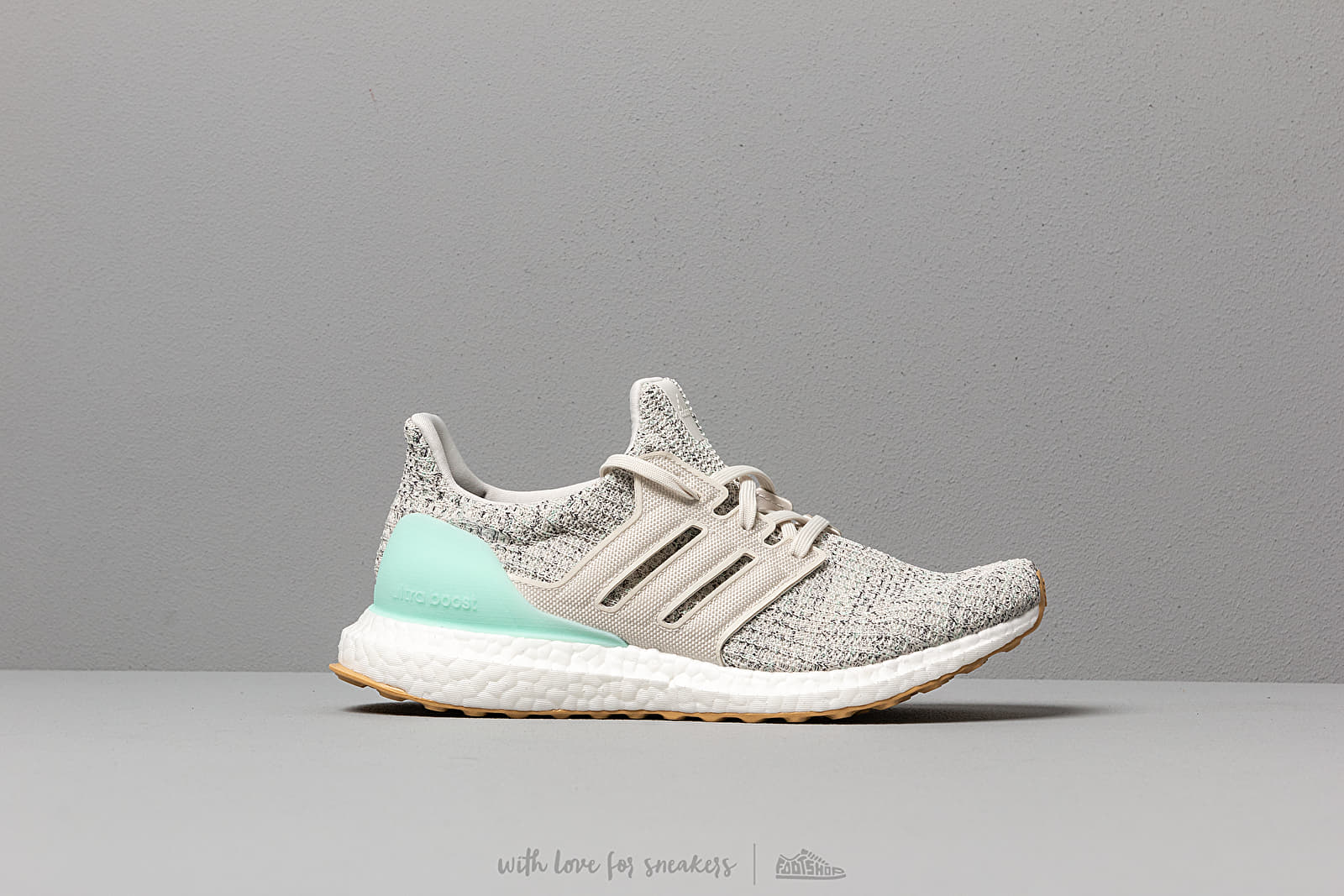 81173b2430 adidas UltraBOOST W Clear Mint/ Raw White/ Carbon at a great price 176 €