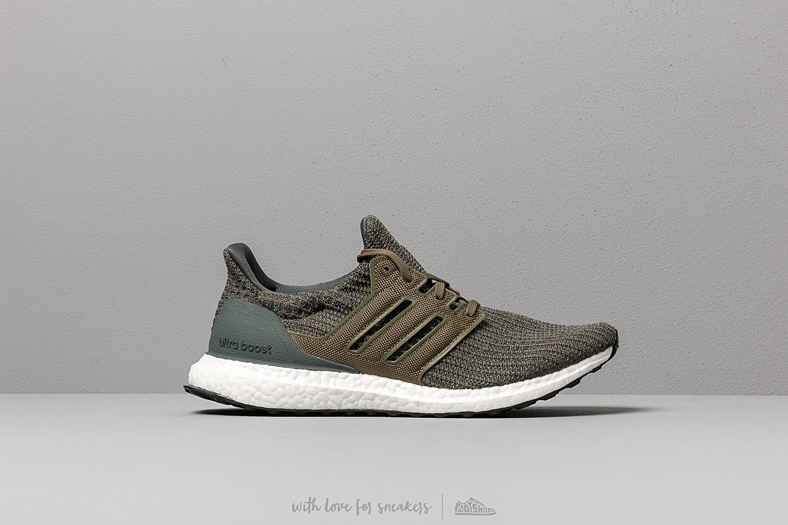 3ba8df1e1 adidas UltraBOOST Legend Ivy  Raw Khaki  Ftw White at a great price 176 €