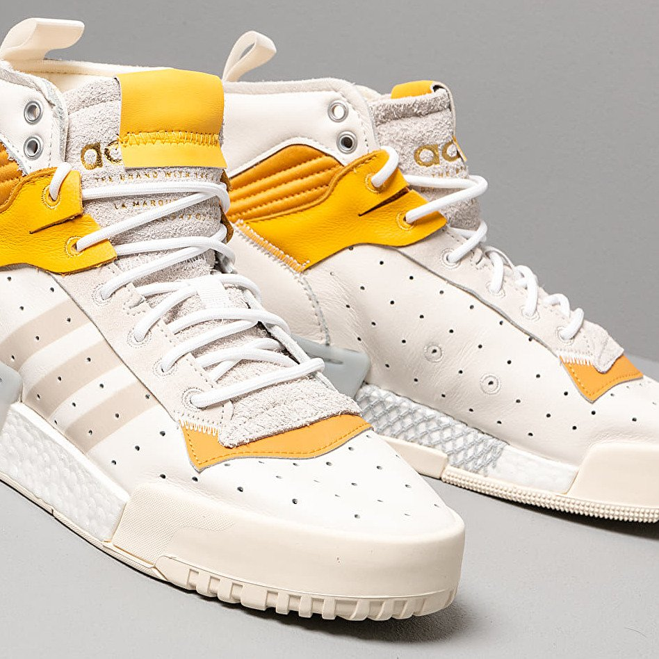 adidas Rivalry RM Cloud White/ Crystal White/ Core White, Brown