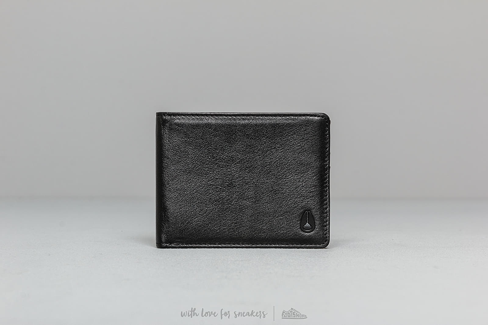 Nixon Cape Leather Wallet