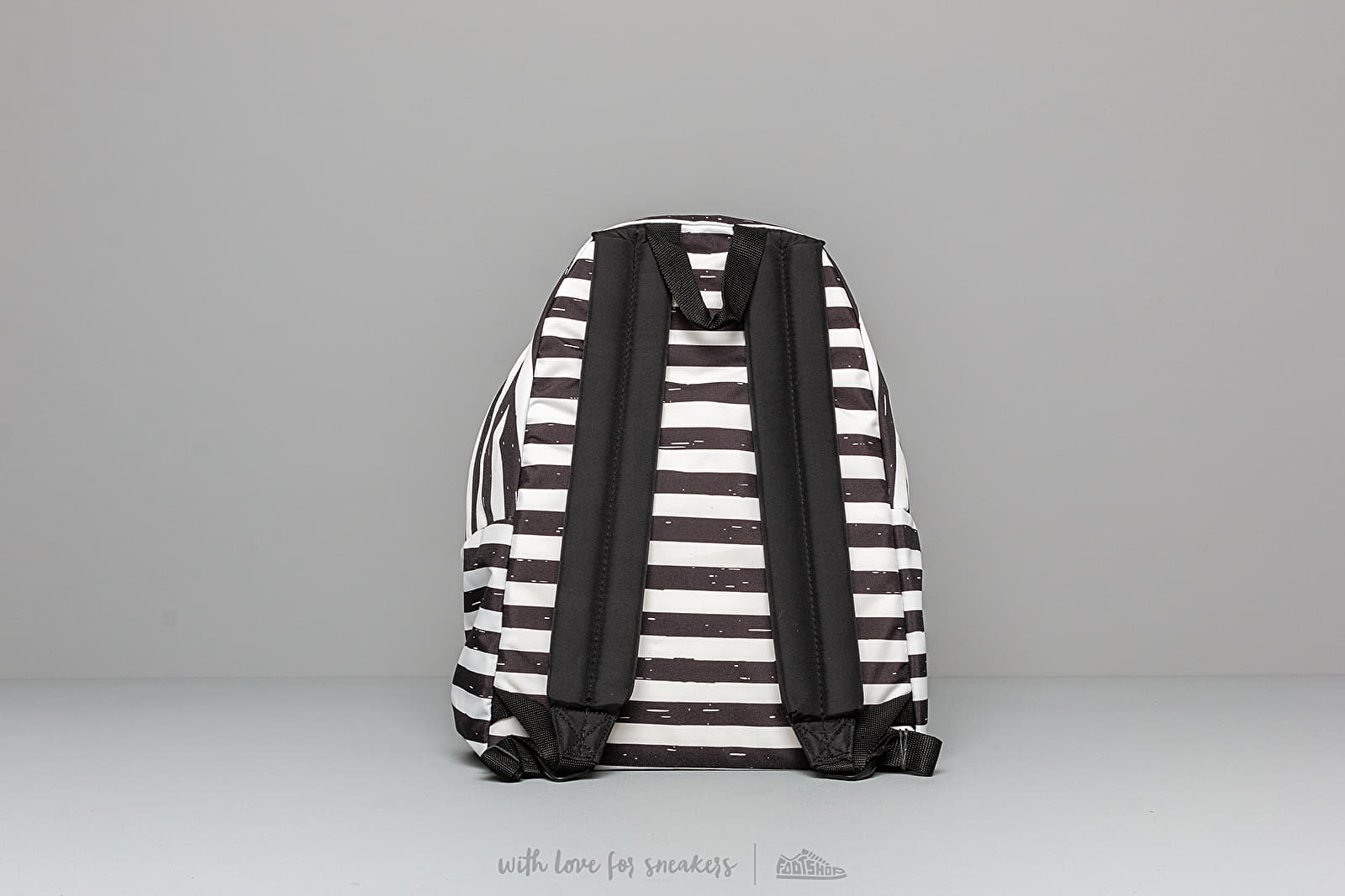 38d5f2f4f51 EASTPAK Padded Pak'r Stripe-It Black at a great price 48 € buy