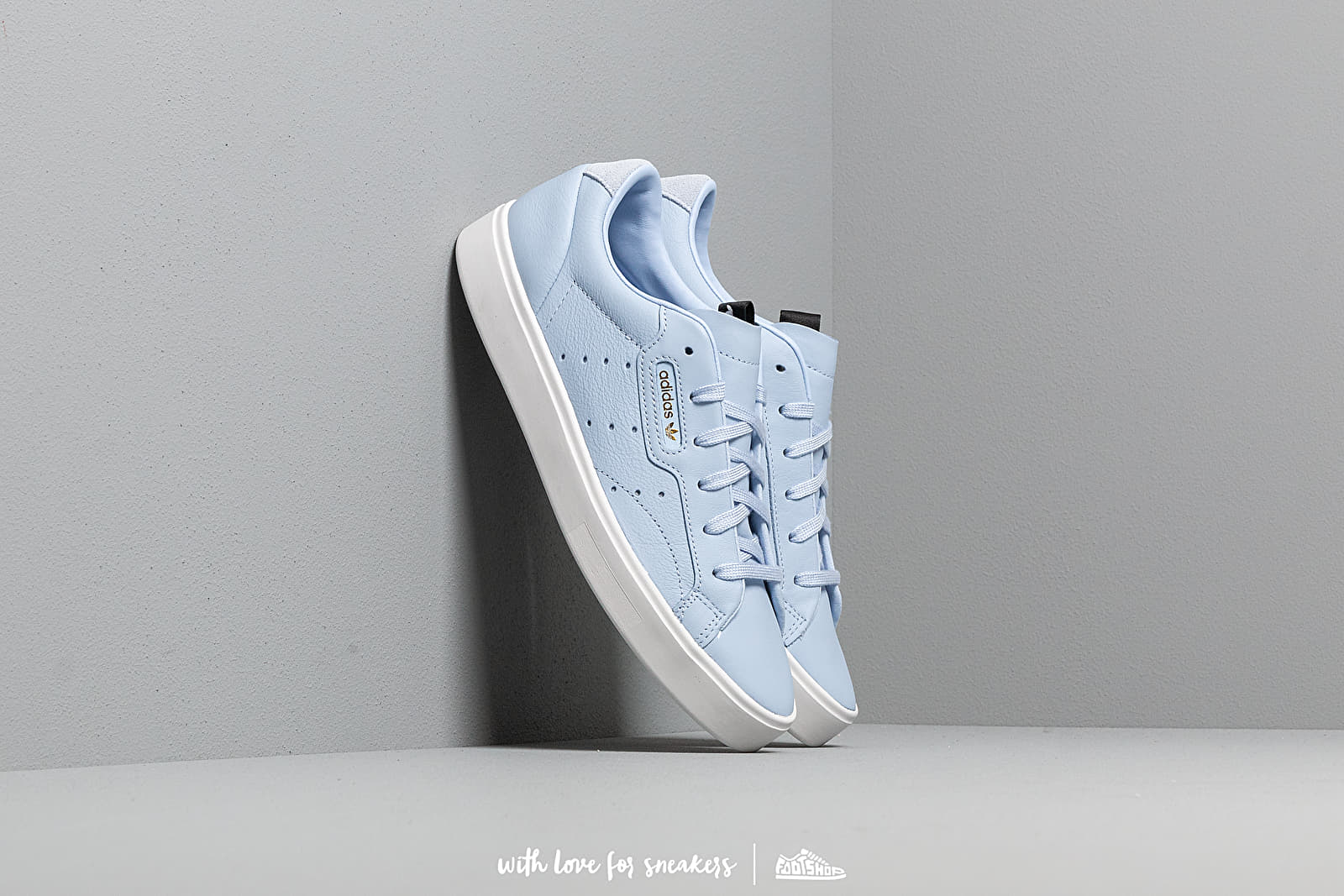 09dd154f adidas Sleek W Periwinkle/ Periwinkle/ Crystal White at a great price £75  buy
