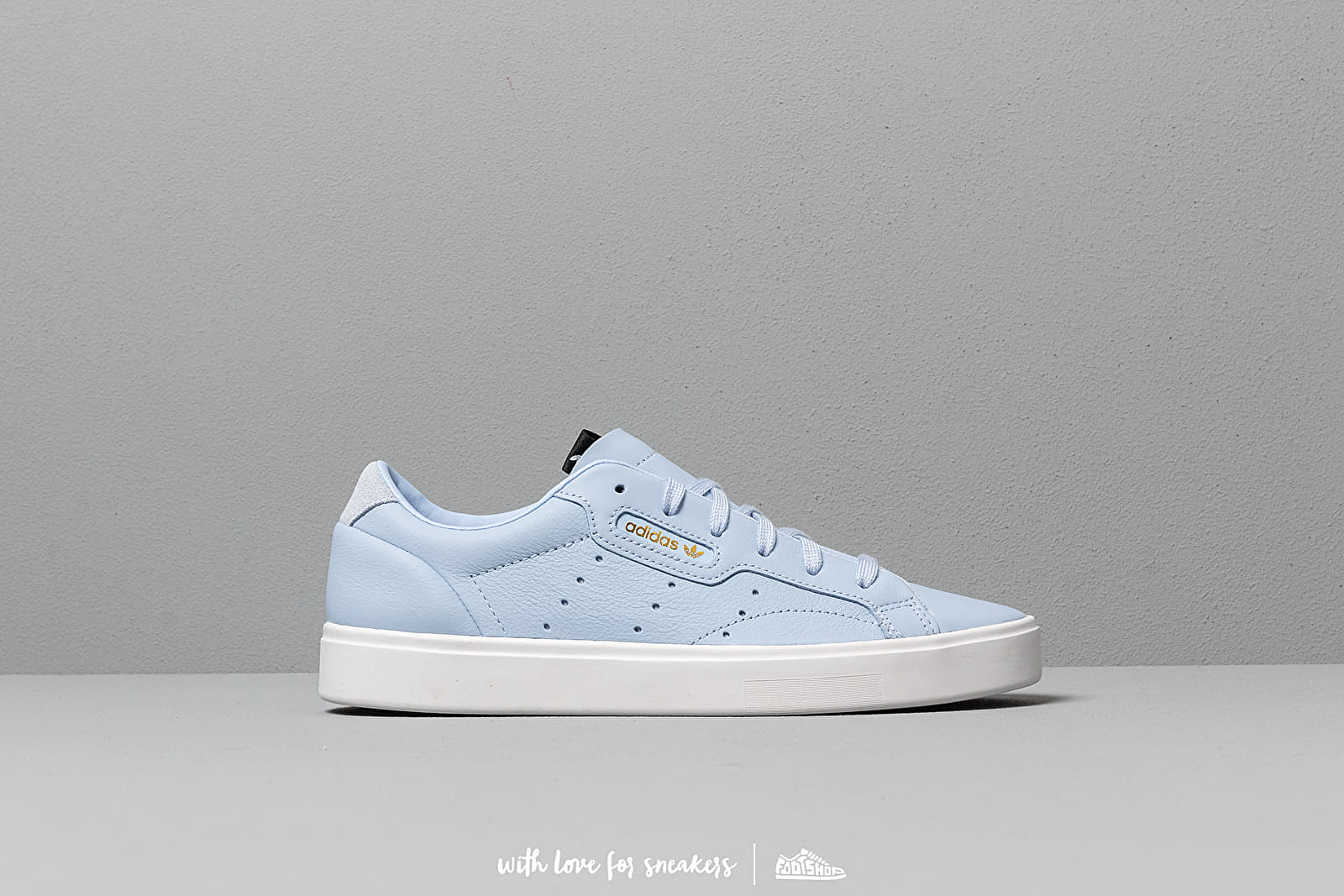 f69155db adidas Sleek W Periwinkle/ Periwinkle/ Crystal White at a great price 86 €  buy