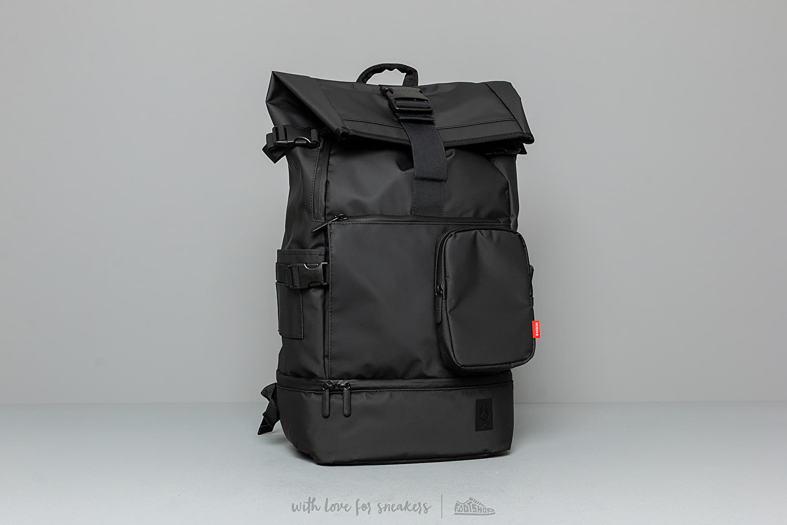 Nixon Shores Backpack All Black at a great price 70 € buy at Footshop