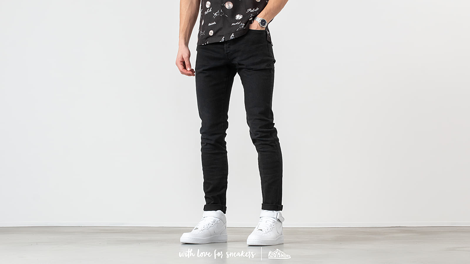 John Elliot The Cast 2 Jeans Carbon at a great price 319 € buy at Footshop