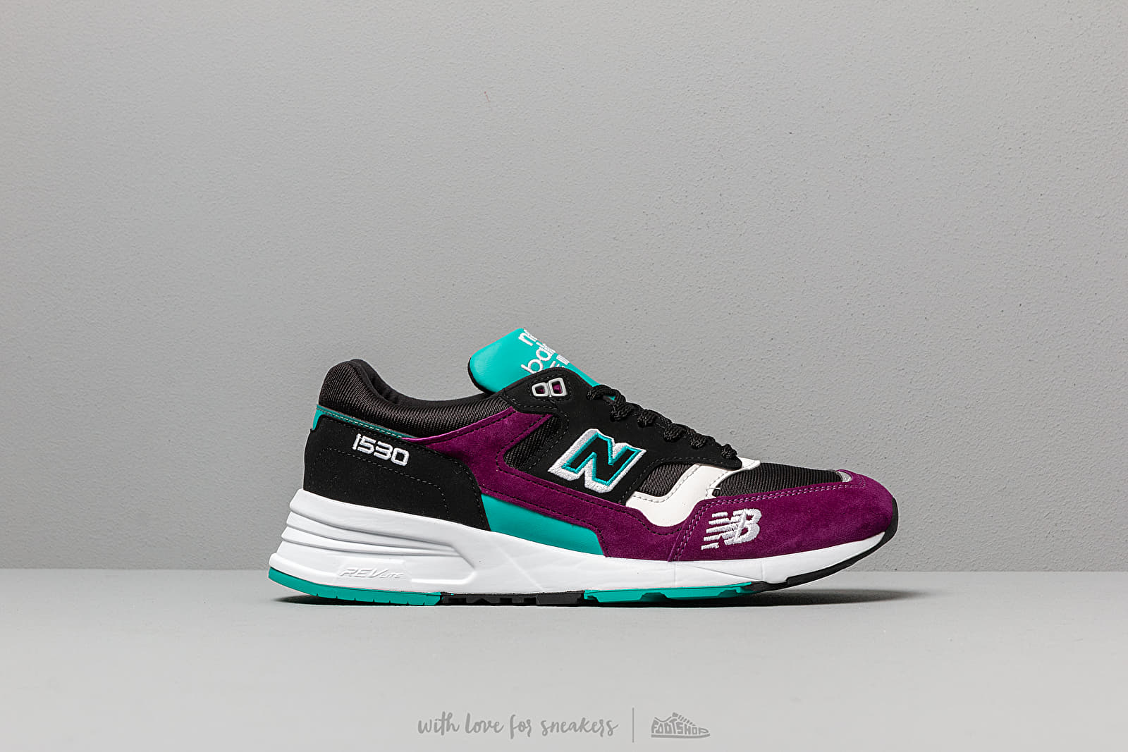 best website cd660 5eb5f New Balance 1530 Black  Purple  Green at a great price 147 € buy at
