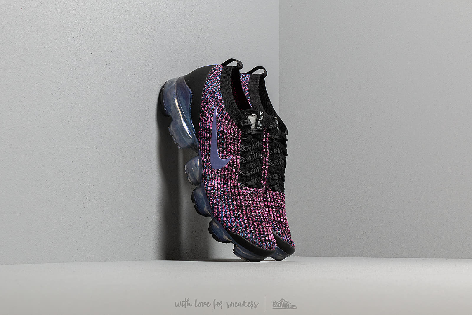 077bf83ac5104 Nike Air Vapormax Flyknit 3 Black  Racer Blue-Laser Fuchsia at a great price