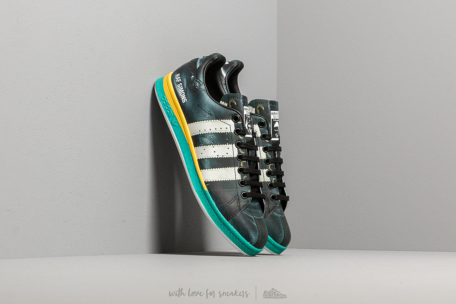 adidas x Raf Simons Samba Stan Core Black/ Ftwr White/ Brave Blue at a great price 264 € buy at Footshop