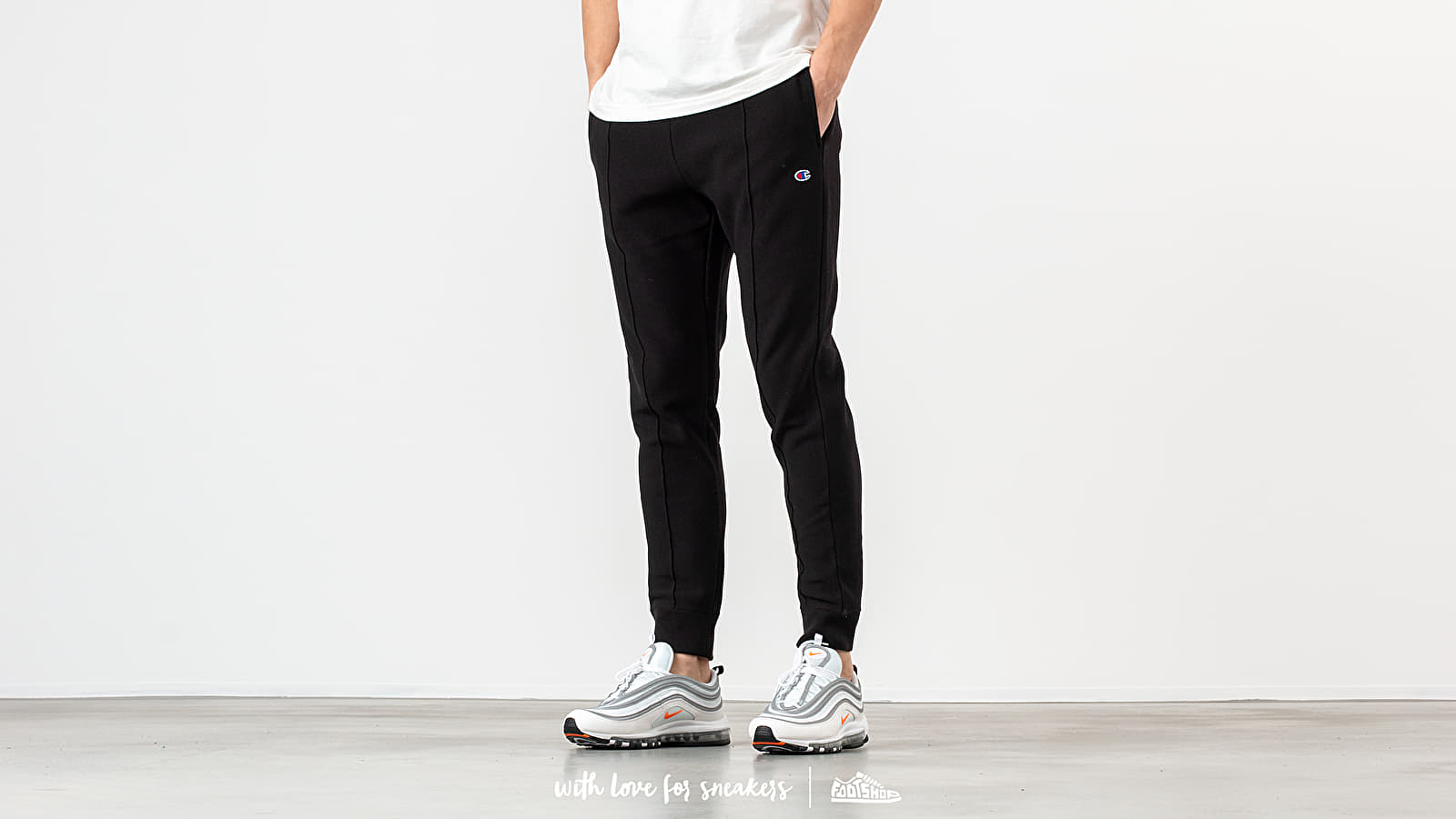 Champion Rib Cuffed Pants Black at a great price 72 € buy at Footshop