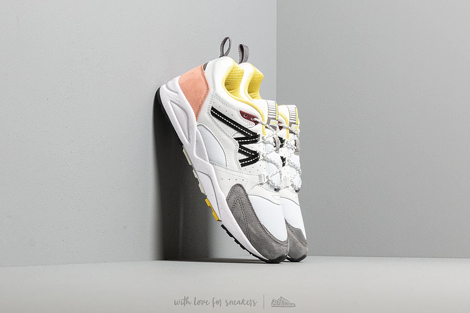 Karhu Fusion 2.0 Bright White/ Wild Dove at a great price 128 € buy at Footshop