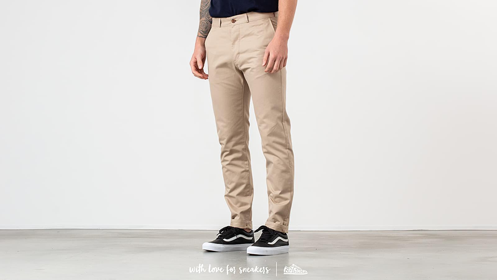Traperice i hlače MAISON KITSUNÉ Chino Parfait Pants Beige