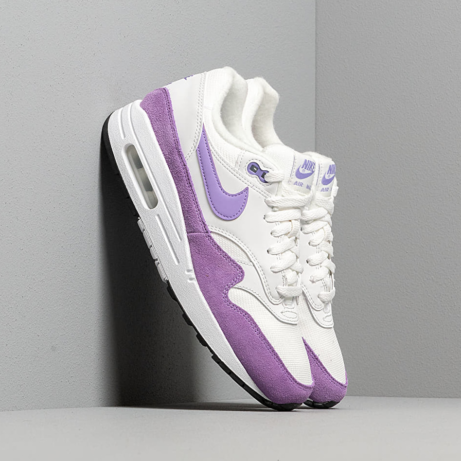 Nike Wmns Air Max 1 Summit White/ Atomic Violet-Black EUR 40.5