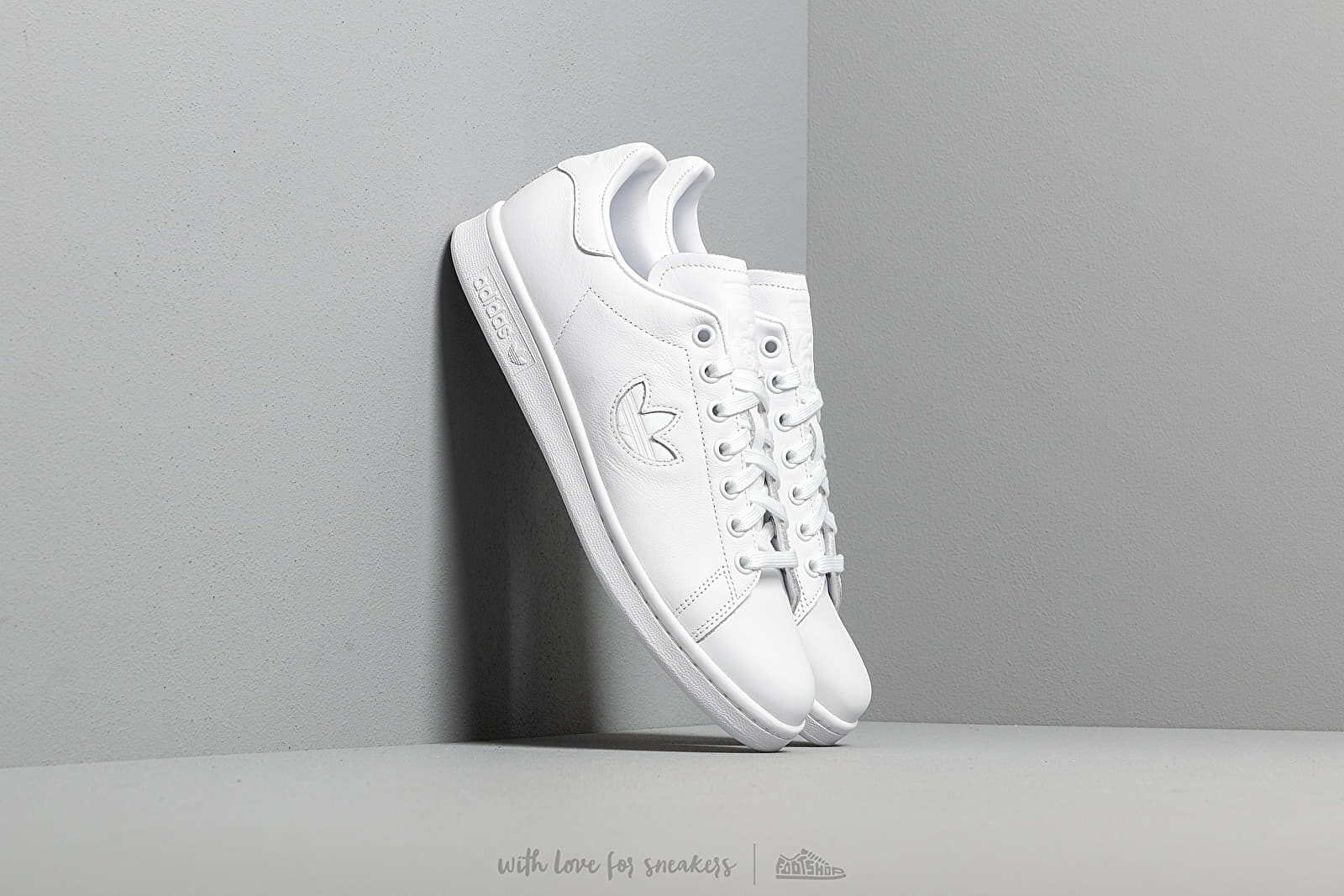 adidas Stan Smith Ftw White/ Ftw White/ Ftw White at a great price 92 € buy at Footshop