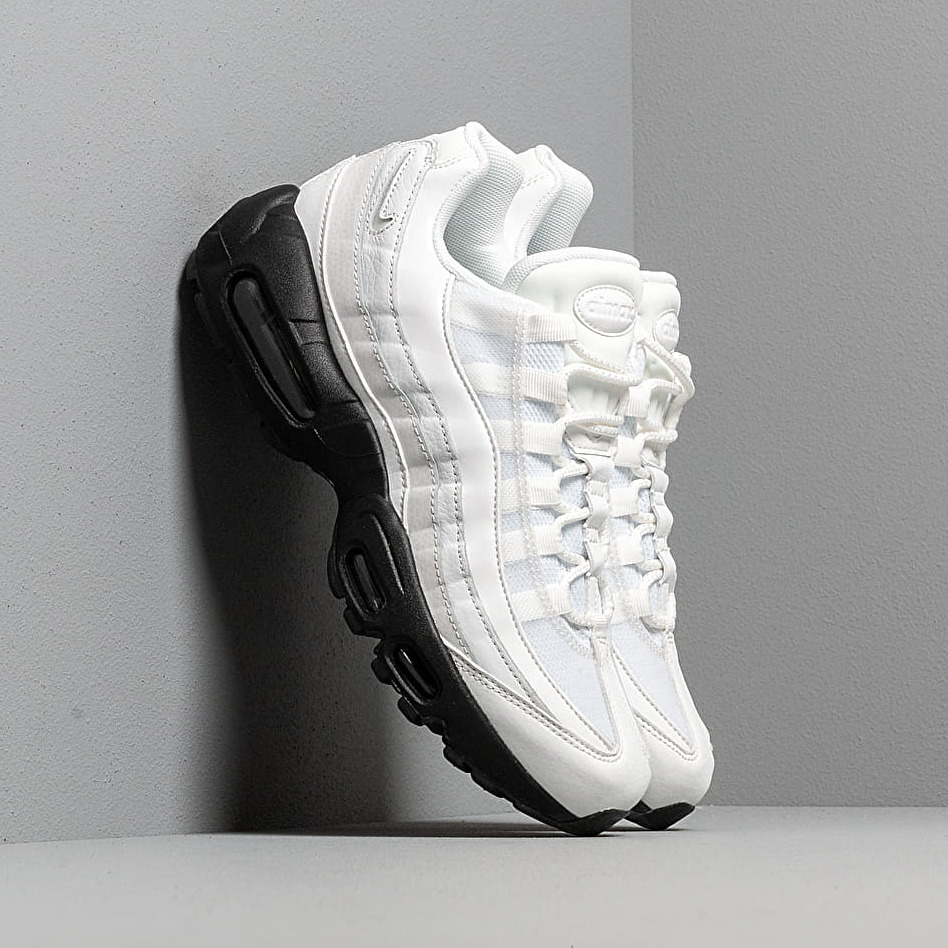 Nike Wmns Air Max 95 Se Summit White/ Summit White-Black EUR 40.5