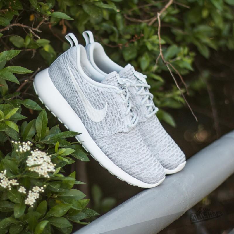 a2a28a26153c Nike Wmns Rosherun Flyknit Wolf Grey  Platinum White