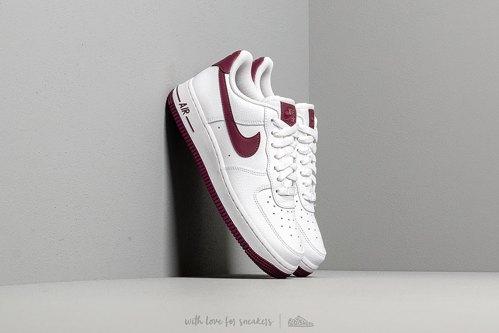new style c64af 8eb60 Nike Wmns Air Force 1  07 White  Bordeaux a prezzo eccezionale 97 €  acquistate