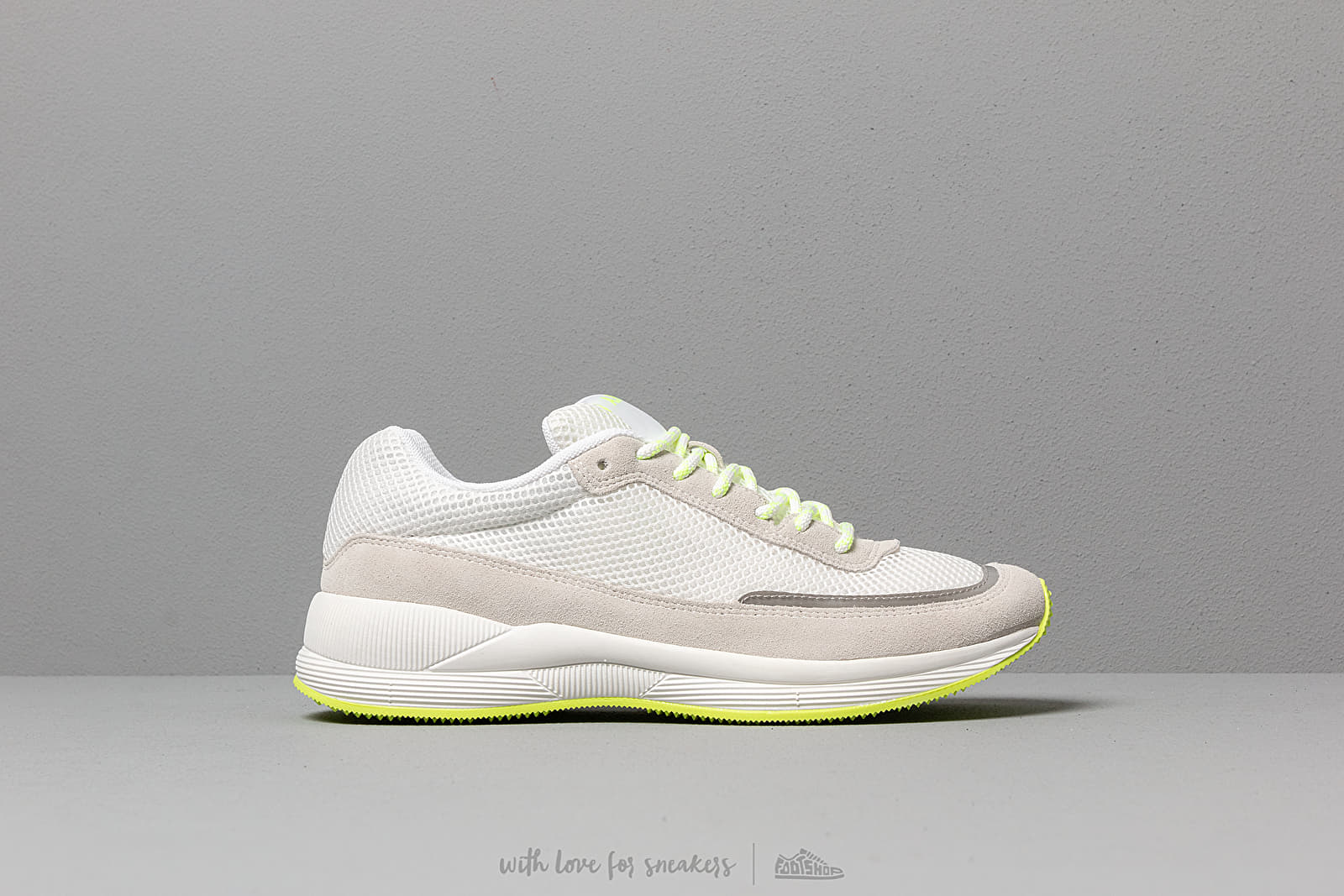 635f0626644 A.P.C. Running Homme Jaune Fluo at a great price 223 € buy at Footshop