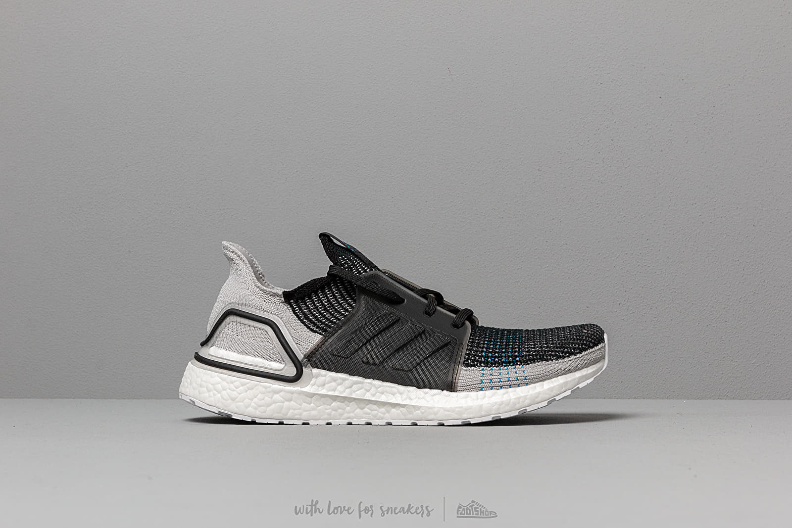 separation shoes 2acc8 ad9d9 adidas UltraBOOST 19 Core Black  Grey Six  Shock Cyan at a great price £