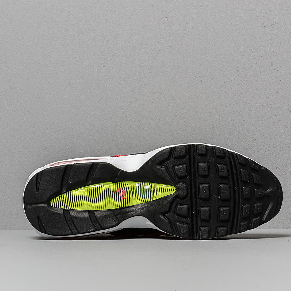 Nike Air Max 95 Se Black/ Aloe Verde-Bright Crimson-Volt
