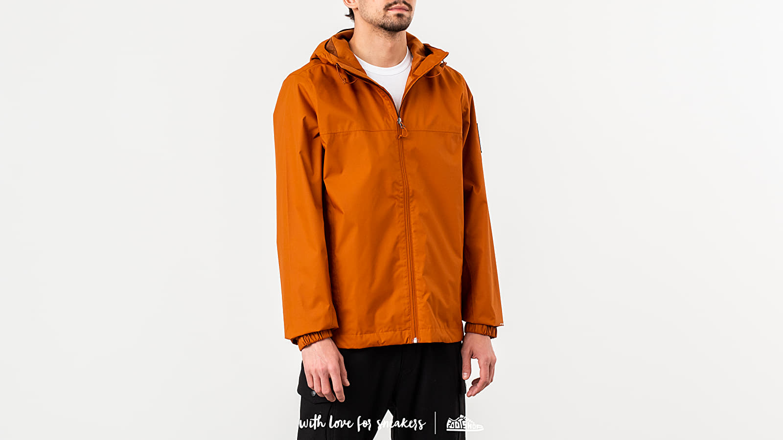 The North Face M Mountain Q Jacket Caramel Cafe za skvelú cenu 147 € kúpite na Footshop.sk