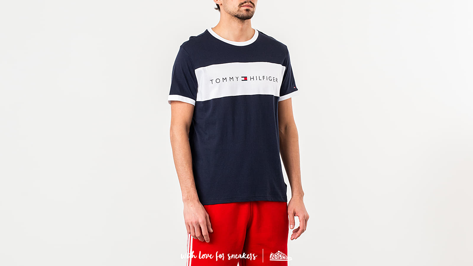 2f22f4887 Tommy Hilfiger Logo Flag Tee Navy  White at a great price 33 € buy at
