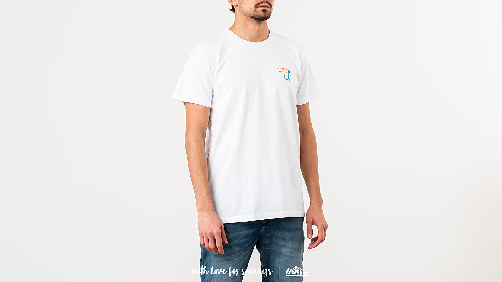 """Karhu X R-Collection: """"CATCH OF THE DAY"""" Tee White at a great price 44 € buy at Footshop"""
