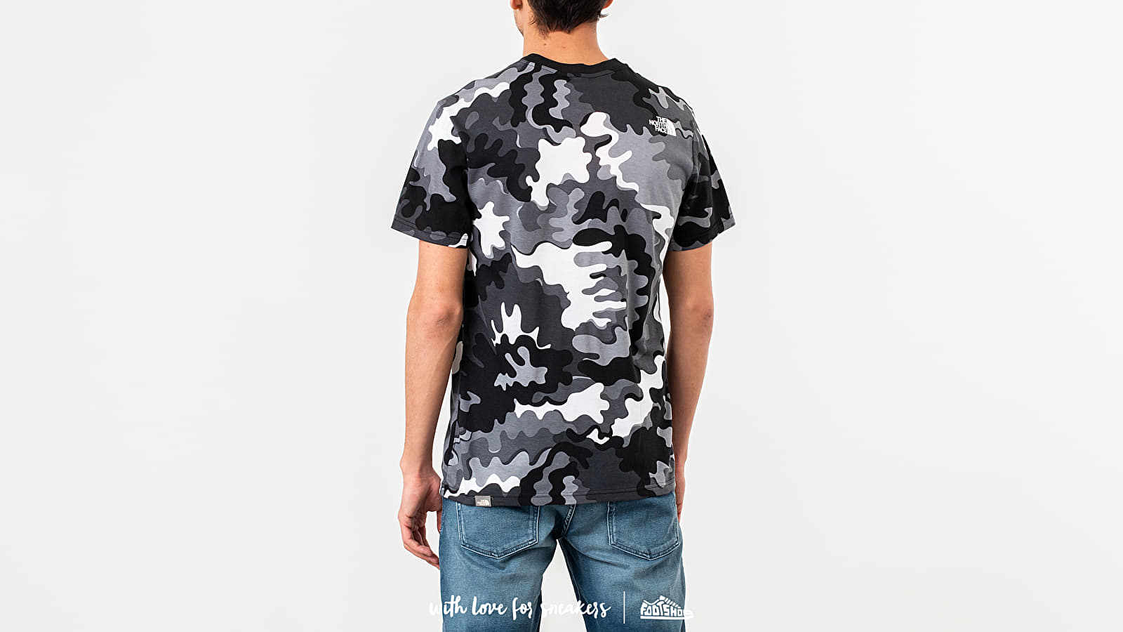 6c1b6444f0c3 The North Face Simple Dome Tee Camo