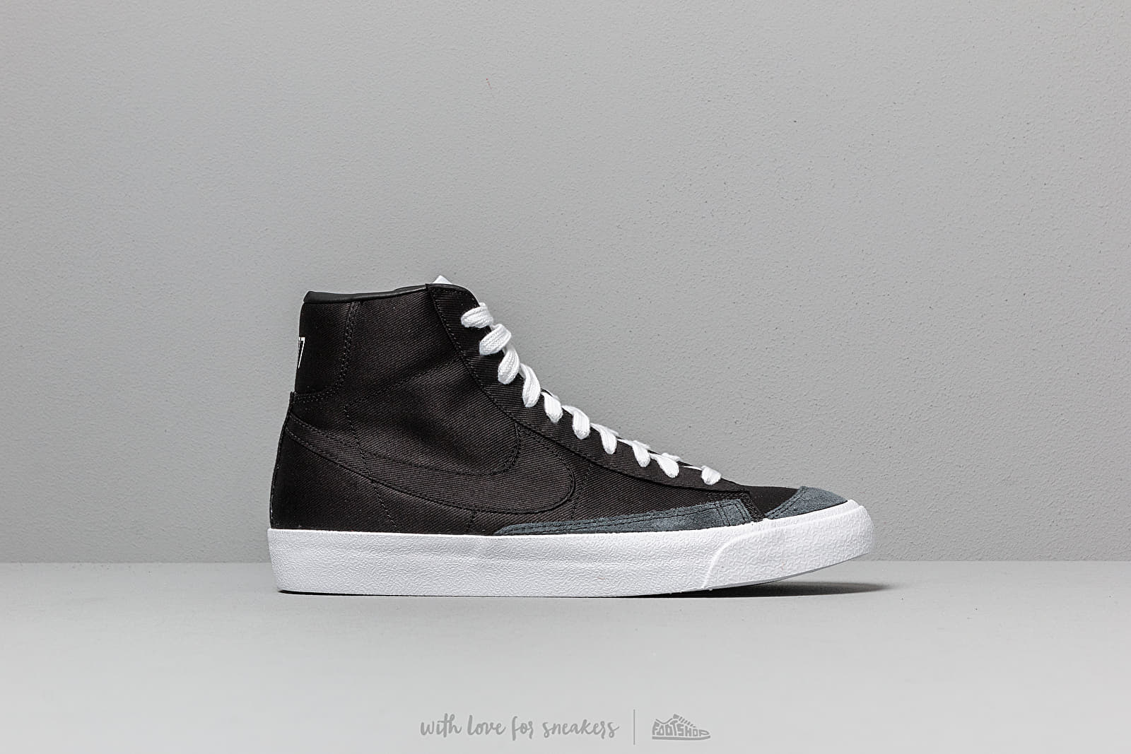 quality design 7e5e1 b37cd Nike Blazer MID  77 Vintage WE Black  Black-Black-White au meilleur