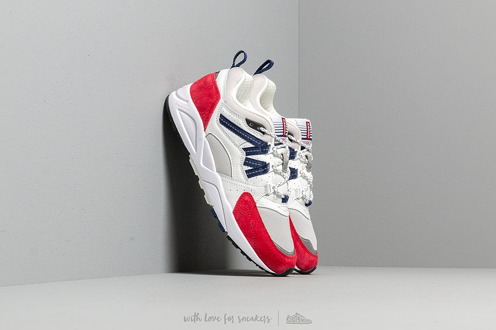 Karhu Fusion 2.0 Bright White/ Barbados Cherry at a great price 128 € buy at Footshop